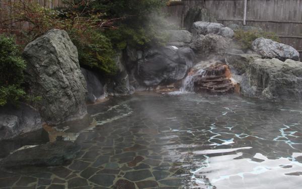 日本庭園露天風呂